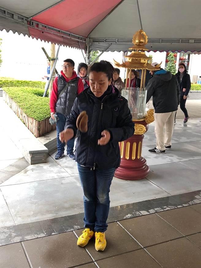 農曆二月初二是土地公壽誕,金門風獅爺福德正神功德會今(8)日起連2天舉辦擲筊祈福活動。(李金生攝)