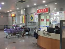 影》國道翻車車流回堵長 醫院動員救治大量傷患