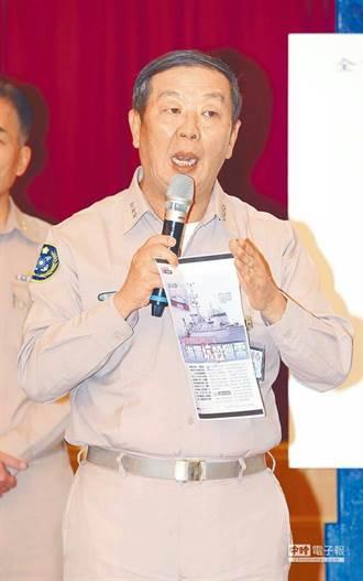 海軍司令黃曙光指責疏於督導 上校當場不適送醫