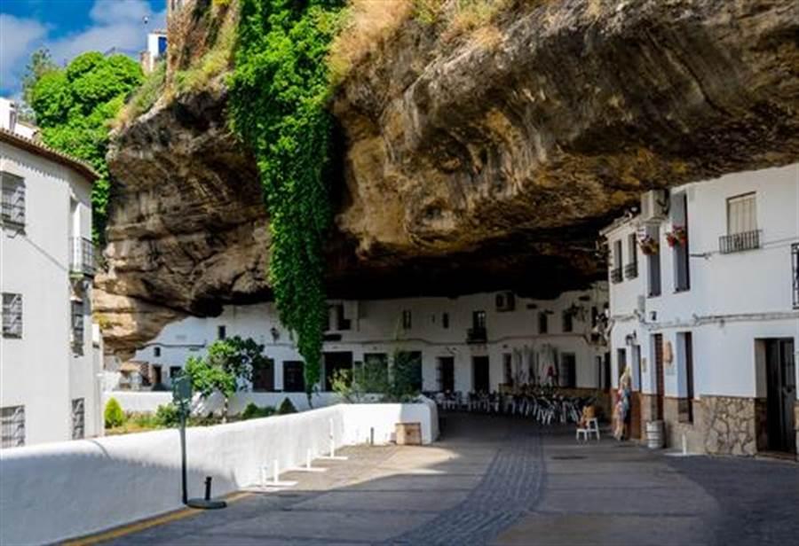 這裡有世界知名酒吧與餐廳(圖片取自/達志影像)