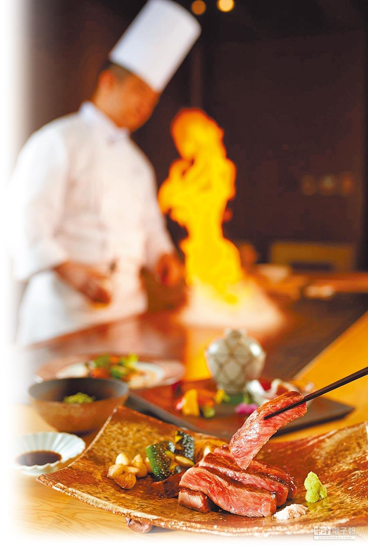 台北美福大飯店邀來季樂總料理長下山昭男,獻上佐賀牛鐵板燒料理。(台北美福大飯店提供)