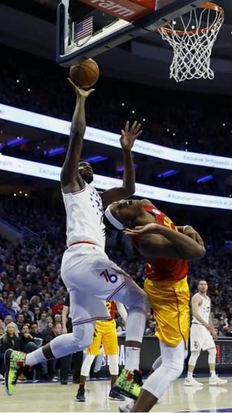 NBA》恩比德隻手撐天 七六人馴服溜馬止敗