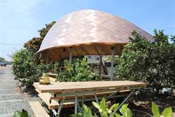 麻豆龍泉生態月台 柚園裡的地景劇場