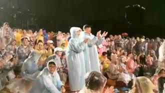 韓國瑜看音樂會還被砲轟 網:吉娃娃找到出口罵了