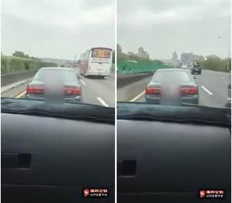 影》大快人心! 國道上擋救護車去路 駕駛被PO網悲劇了