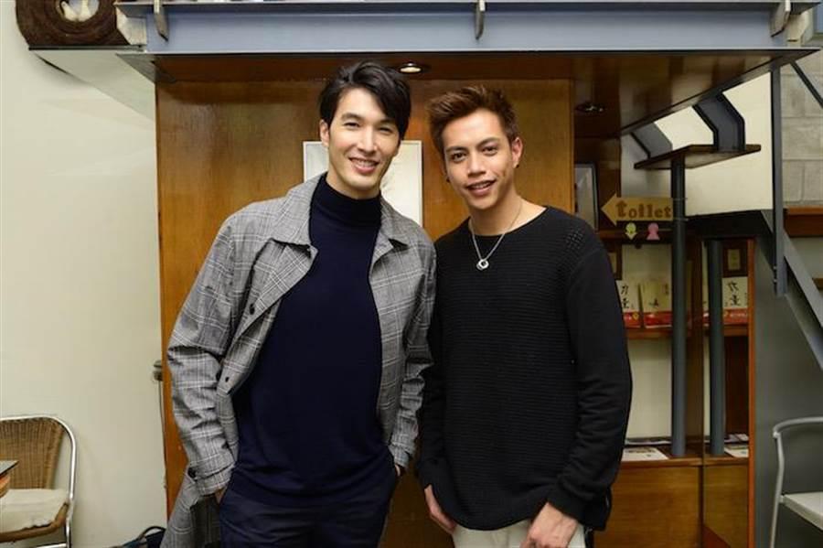錦榮(左)與鯰魚哥。(TVBS提供)