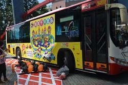 桃警宣導內輪差 學童:再也不敢站在大車旁