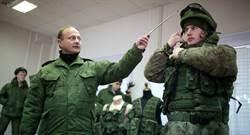 俄軍未來戰士裝甲 包括數位頭盔和戰鬥外骨骼