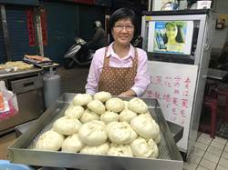 前金市場獨特青江菜包 巷仔內仔祕密美食