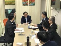立委劉櫂豪協調航空業者 8月1日起華信增開航班
