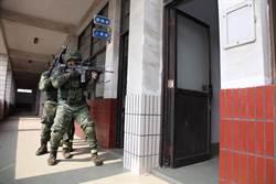陸軍特戰營「限制空間戰鬥訓練」 強化城鎮作戰能力