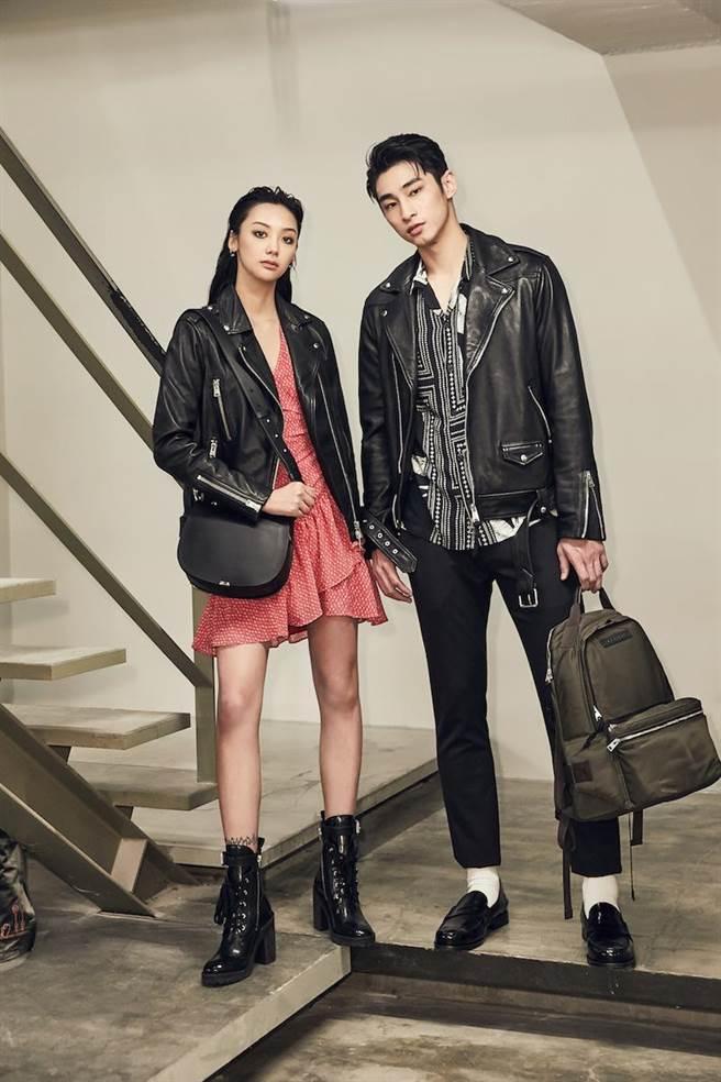 章廣辰(右)穿的AllSaints  Miro寬版長褲5600元,傅昱的AllSaints Wade 寬版騎士夾克2萬1500元、Flores印花洋裝8700元。(品牌提供)