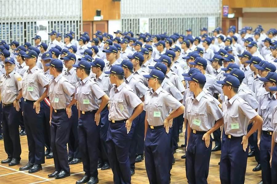 警專今年確定大幅減招1375人,僅招收780人。(警政署提供)