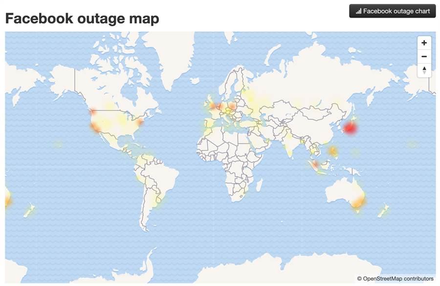 Facebook 在台灣時間下午一點多的全球各地當機情況追蹤圖。(圖/翻攝downdetector.com)