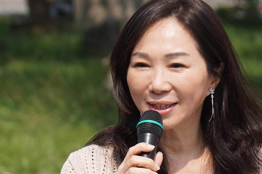 針對高雄市長韓國瑜選不選總統一事,妻子李佳芬今天連忙要媒體別追問了。(柯宗緯攝)