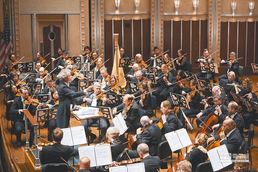 克里夫蘭管弦樂團音樂總監魏瑟-莫斯特首度率團訪台。(牛耳提供)