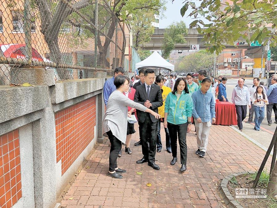 東門國小通學步道工程13日動工,將串聯隆恩圳、護城河及舊城區。(邱立雅攝)