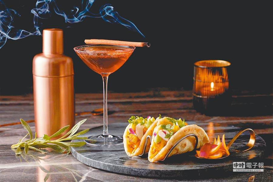 微風南山46F「SAFFRON46」,活動期間平日17至19時,精選雞尾酒8折起、下酒菜8折。(微風提供)(飲酒過量,有礙健康)