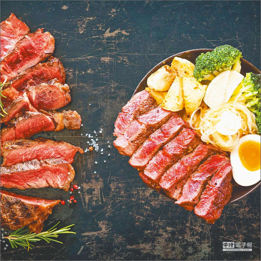 微風南山B2「初牛炭火直燒丼飯」炭烤厚切牛排丼,269元。(微風提供)