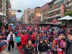 鄭世維晚會民眾破3萬  韓國瑜到場:鄭是主角 不談其他話題