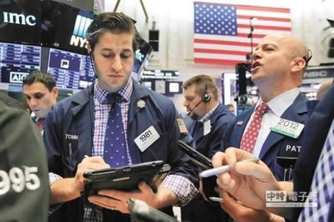 美股標普500指數從去年12月24日觸底後,迄今已強勁反彈近20%,站上2800點整數關卡。(美聯社資料照片)
