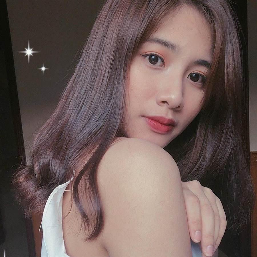 Linh Nâu常常在臉書分享生活照(圖/翻攝自臉書/Linh Nâu)