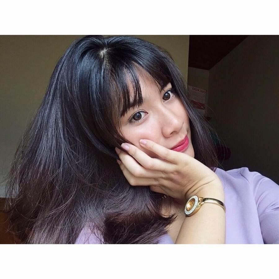 Linh Nâu有著水汪汪的大眼睛及甜美的長相(圖/翻攝自臉書/Linh Nâu)