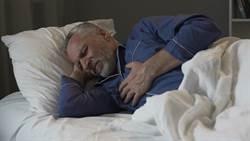每小時呼吸中止30次  壯年男長期打鼾睡不好