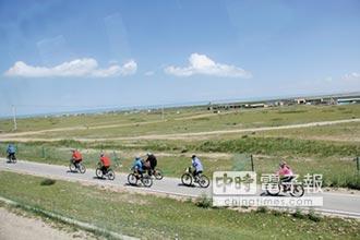 到對岸騎車 闖蕩北疆大漠