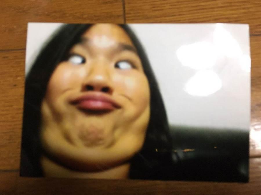 女網友靠著這張照片,獲得比賽「最美笑容」冠軍(圖翻攝自推特/ぷぇ)