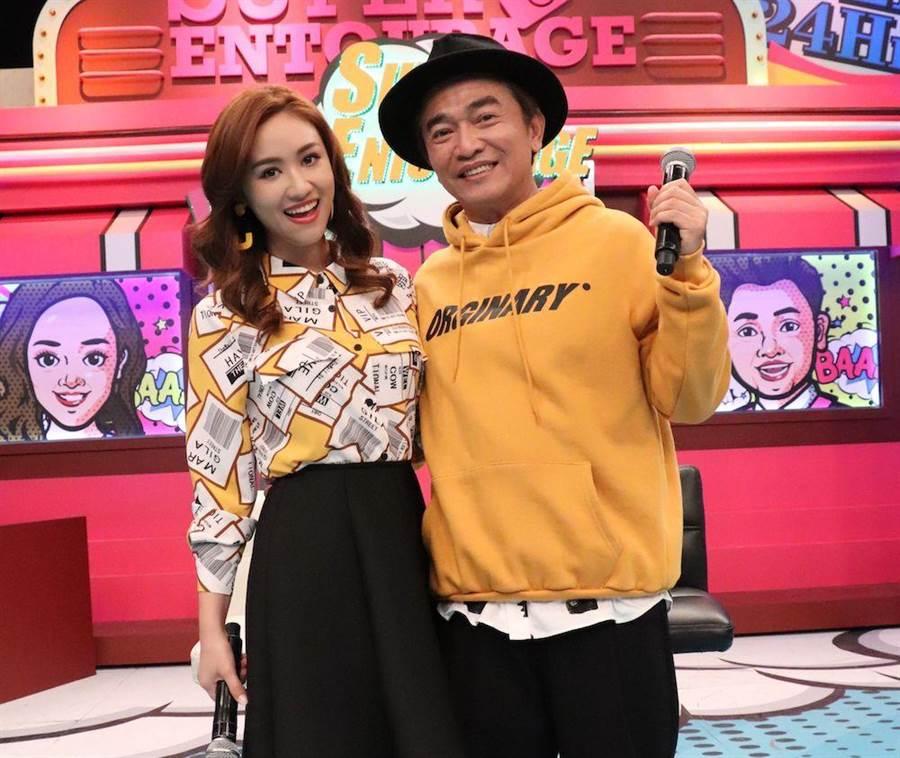 吳姍儒跟老爸吳宗憲一起主持《小明星大跟班》。