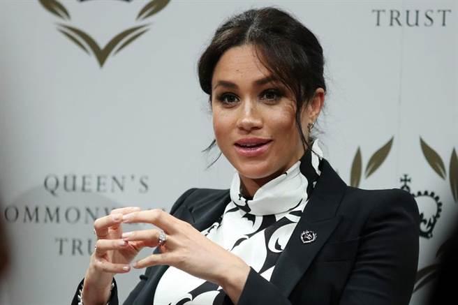 繼2月中旬砸千萬台幣在紐約高檔飯店舉辦產前派對後,英國媒體報導,梅根無懼外界批評,打算再辦一次派對,不過這次規模會小一點,地點也在英國。(圖/路透社)