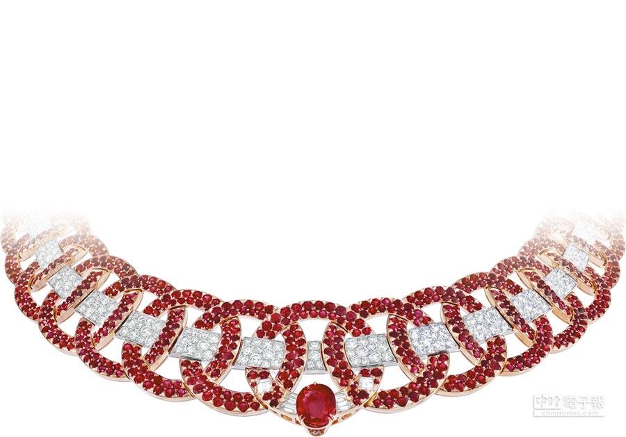 梵克雅寶紅寶石展現Art Deco藝術,這是向設計大師Schiaparelli致敬的Elsa項鍊。(梵克雅寶提供)