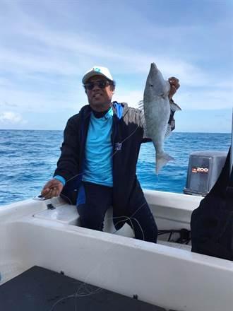 帛琉總統也「斜槓」 身兼政治家、漁夫、環保鬥士3職