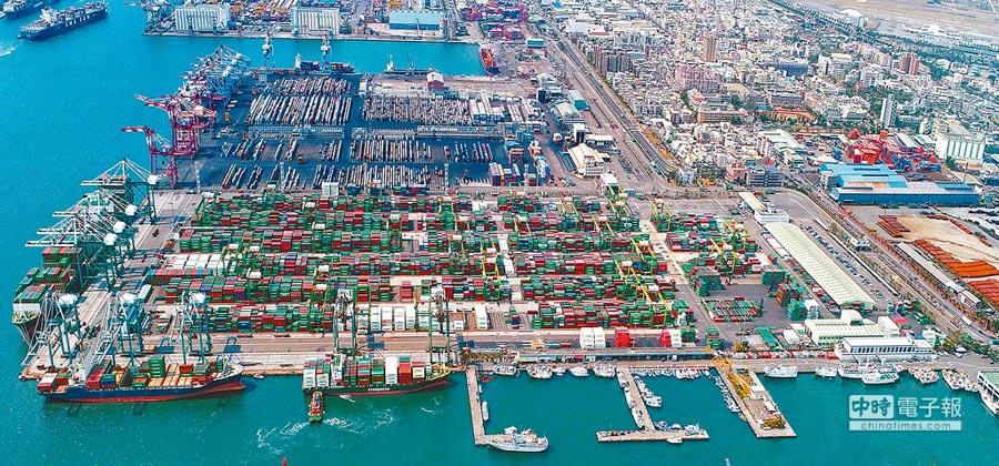 高市府表示,高雄要善用港灣城市優勢,自經區是必走的路,可帶動台灣整體經濟發展。圖為高雄港第五貨櫃中心。(港務公司提供)