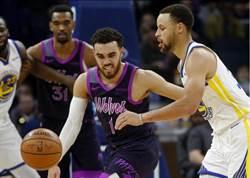 NBA》柯瑞8顆三分球轟翻對手 勇士再奪西區龍頭