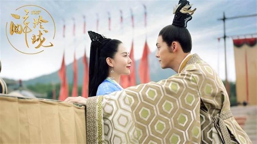 劉詩詩與陳偉霆首次合作,大談雙時空戀愛。(圖/中天提供)