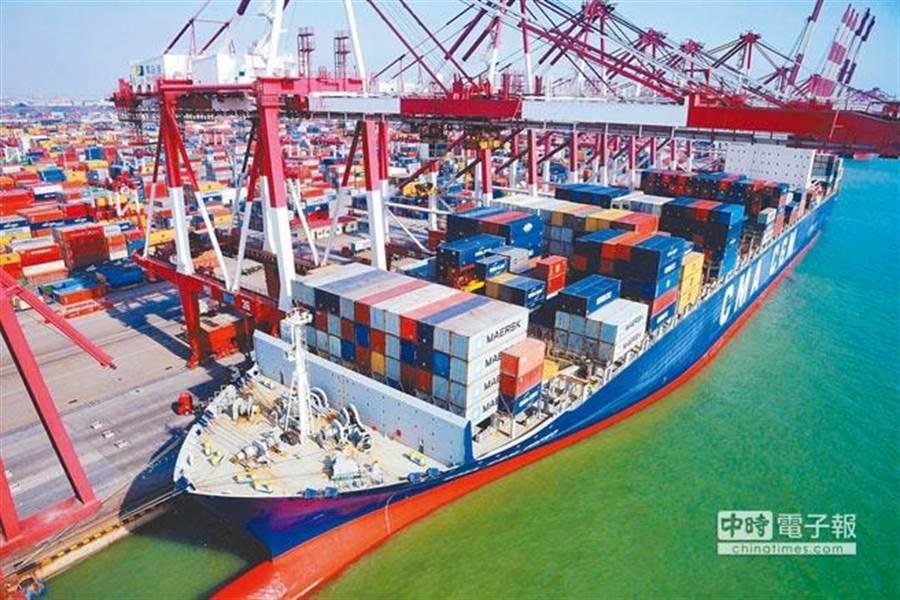 投資專家認為,中國大陸經濟成長放緩是目前市場最關注的議題。(新華社)