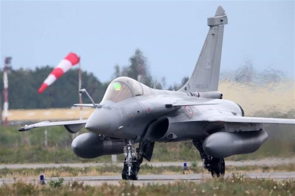 法国飙风战机。(图/法国空军)