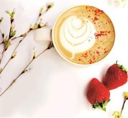 日式咖啡廳春浪漫!品花香草莓拿鐵、佐玫瑰磅蛋糕