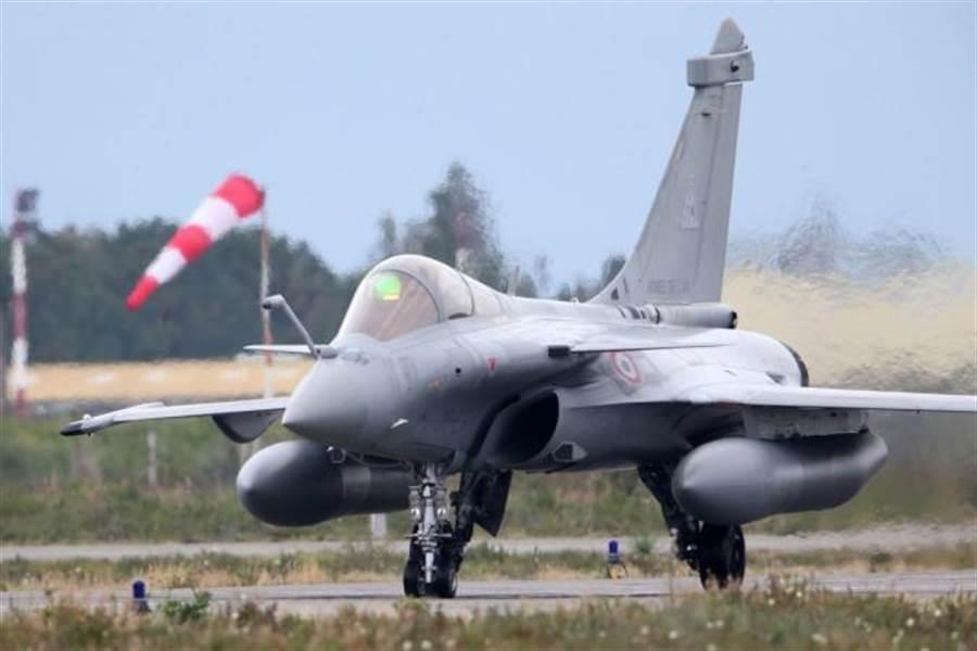 法國飆風戰機。(圖/法國空軍)