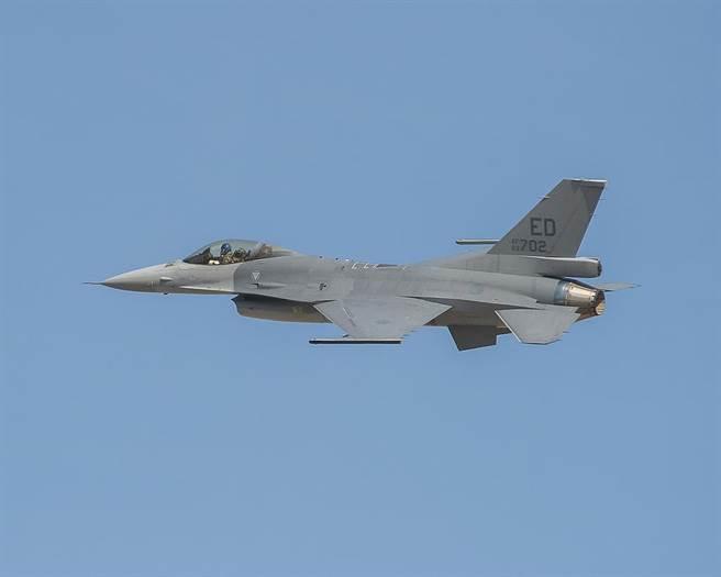 川普政府支持售台F-16 但交机有得等