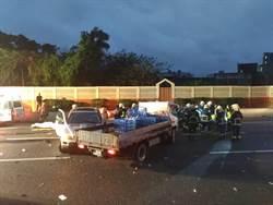 影》消防救到一半…砰!國三連2撞 6車毀5人傷