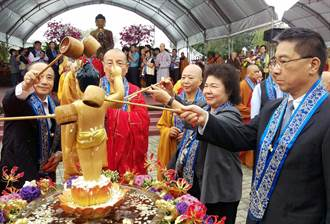 佛教界建議佛誕日訂為國定假日 徐國勇:會考慮