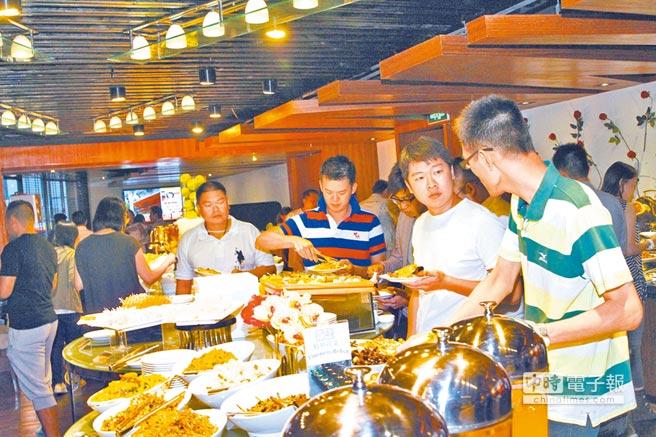 2013年8月,60多位年輕台商台幹在重慶聚會。(本報資料照片)