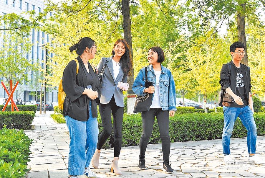 看好大陸前景,台灣青年西進發展。(中新社資料照片)