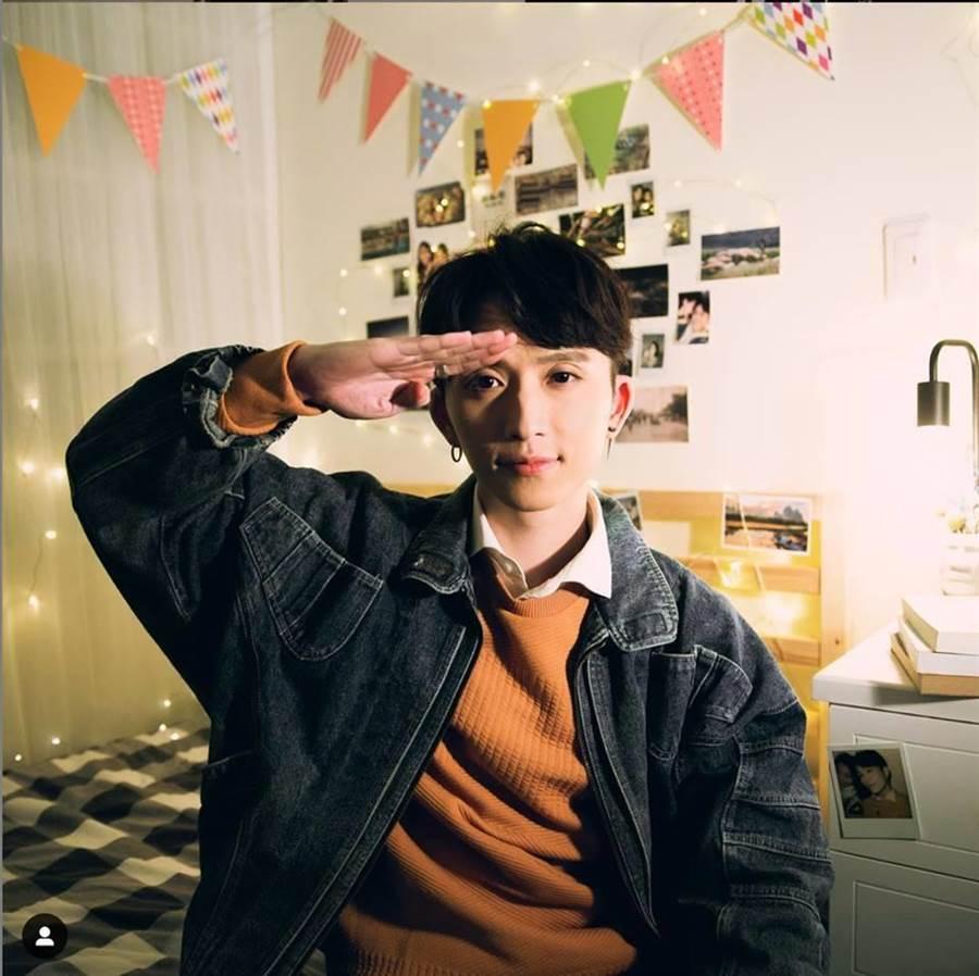 歌手邱鋒澤近日推出新單曲《一路順風》。(圖/翻攝自邱鋒澤臉書)