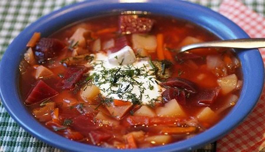 蔬菜湯匯集食物精華,含有豐富鉀離子,腎臟病人喝會有風險。(圖/pixabay)