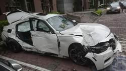 影》又是酒駕!駕駛撞倒路樹 BMW秒成廢鐵