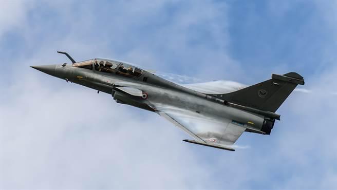 不爽欧盟淘汰棕榈油 大马威胁弃购欧战机向陆买